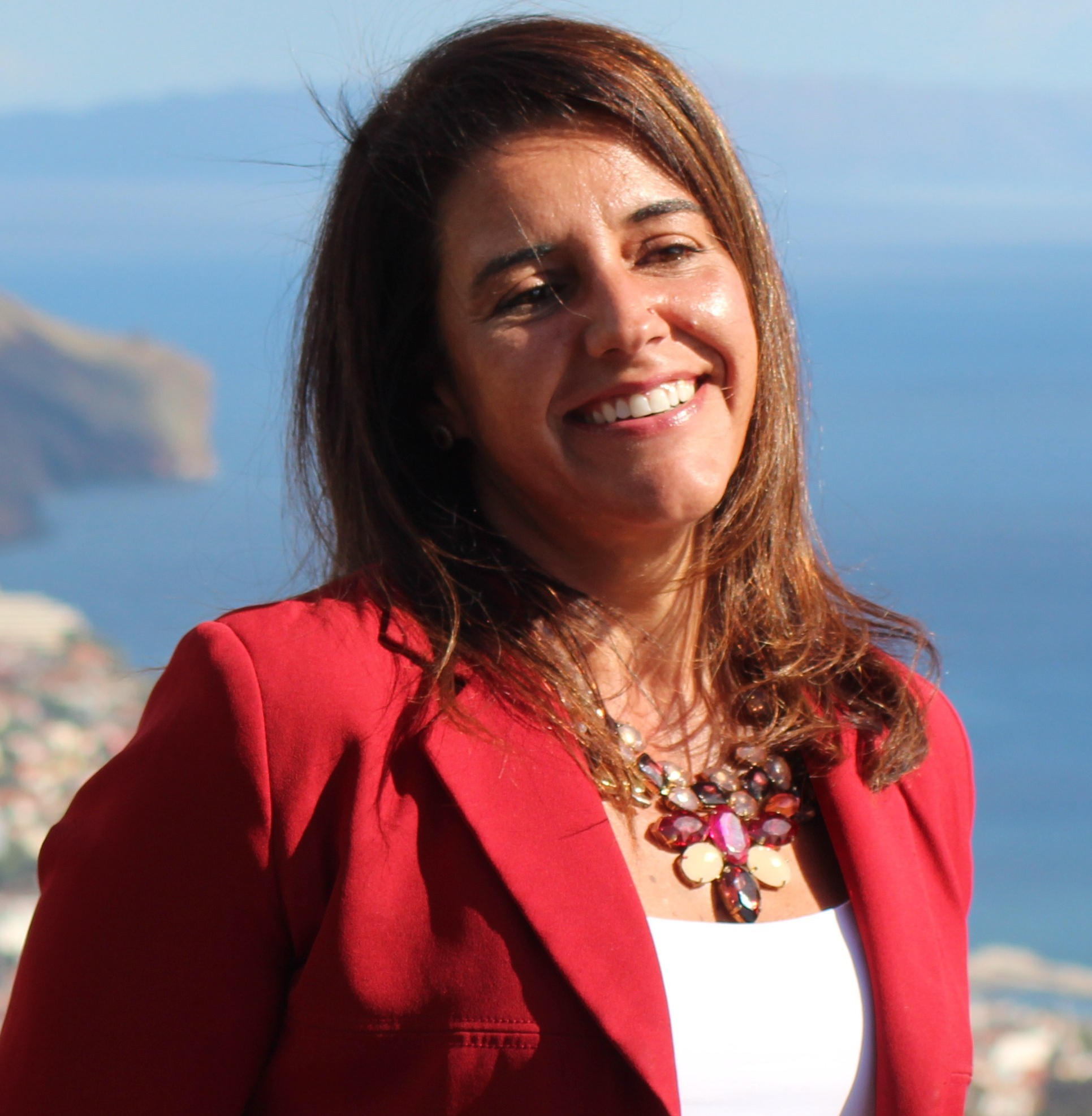 Qualified and Professional Guide; Tour Guide; Tourist Guide; Certified Tourism Guides, Official list of Tourism Information Professionals of the Autonomous Region of Madeira, in accordance with the ordinance nr 61/2017; visitmadeira.pt; SNATTI; Walking Tours, Cultural Tours, Sightseeing Tours; Bust Tours, Coach Tours, Best Tour Guides, Top Tour Guides, Madeira; Portugal